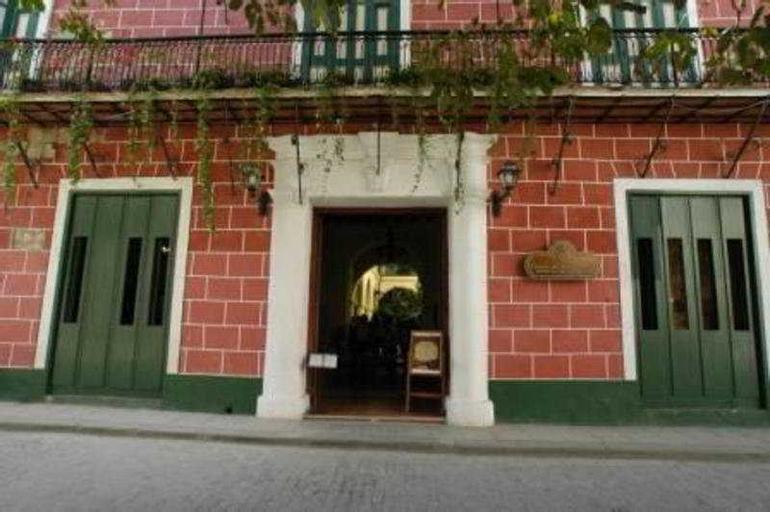 Conde de Villanueva Havana, Centro Habana