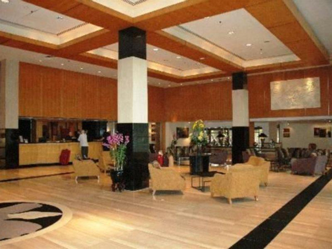 Copthorne Orchid, Bukit Timah