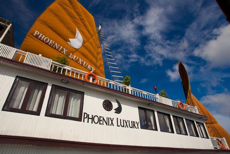 Halong Phoenix Cruiser, Hạ Long