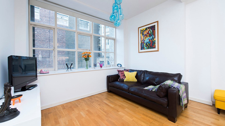 Lovely Studio apartment in Old Street - City4, London