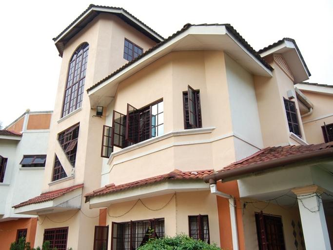 Owen Townhouse at Kuala Lumpur, Hulu Langat
