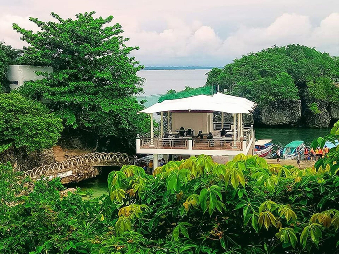 Razote Travel Lodge, Alaminos City