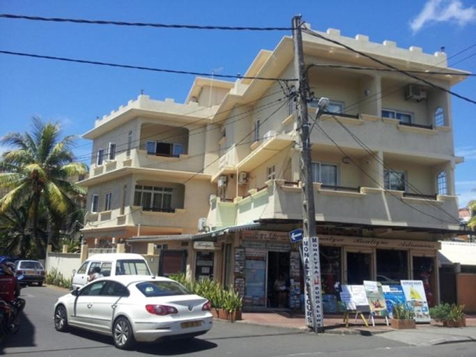 Monalysa Holidays Bungalow Apartment,