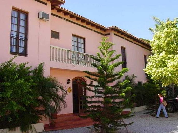 Casa Rita, Díaz