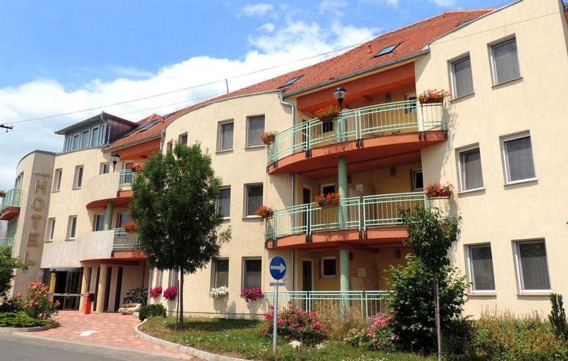 Hotel Makar Sport & Wellness, Pécs