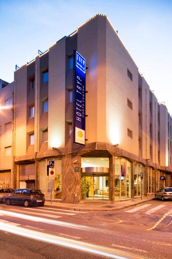 TRYP Porto Centro, Porto