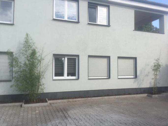Apartment mit Terrasse in Oberhausen, Oberhausen