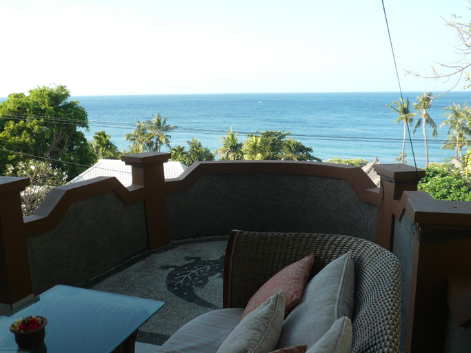 Cest Bon Cafe and Homestay, Karangasem