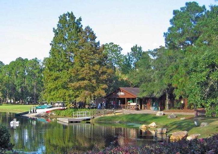Disney's Fort Wilderness Cabin, Orange