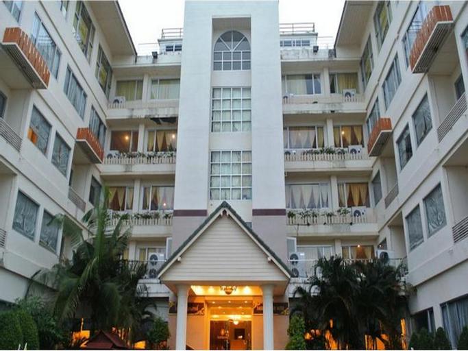 Taksila Grand Hotel, Muang Maha Sarakam