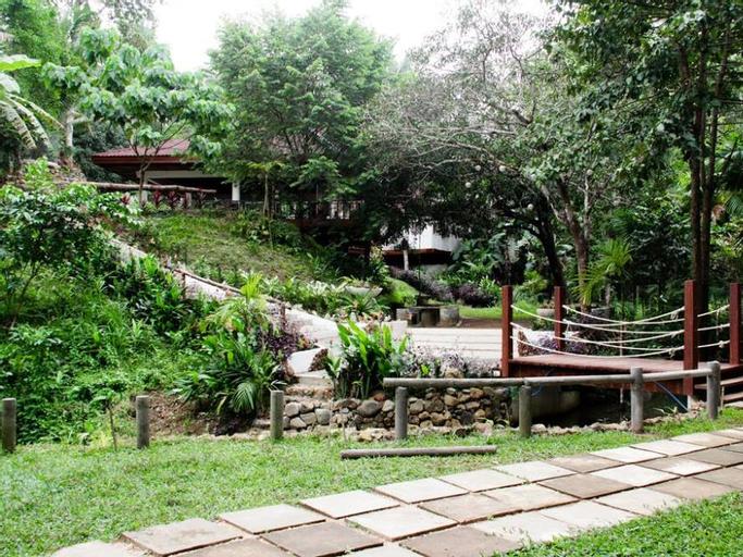 Camp Alfredo Adventure Resort, Sibunag