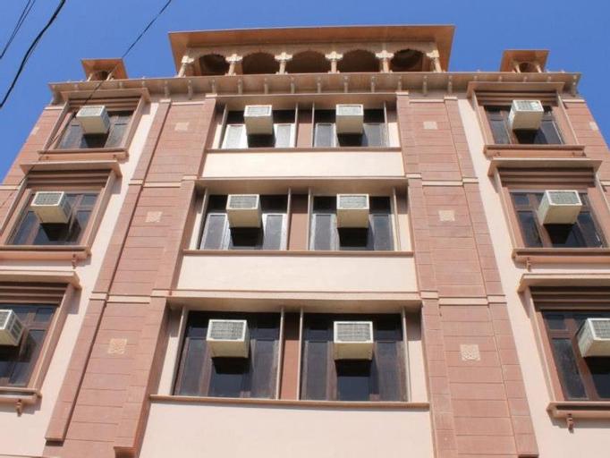 Hotel Ramsingh Palace, Jaipur