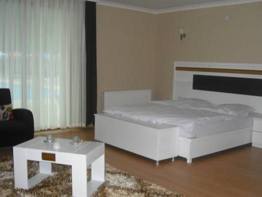 Sandal Otel, Yomra