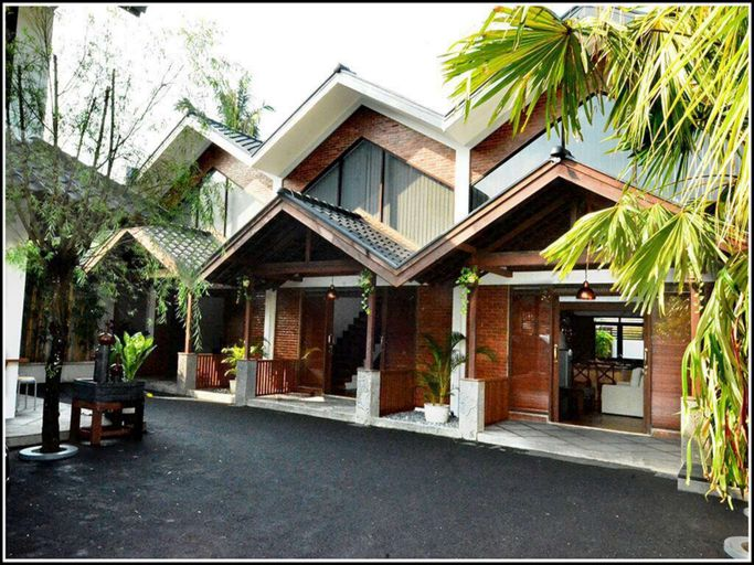 Bale Dikara Villa, Bandung