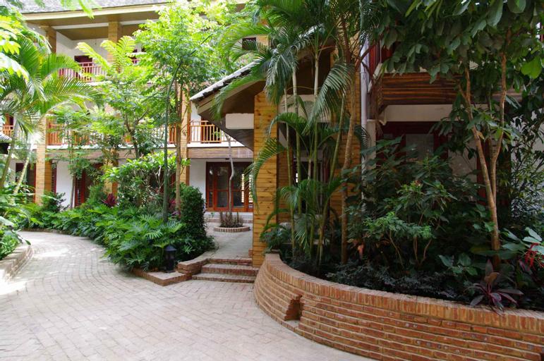 Phoenix Trees Inn, Xishuangbanna Dai