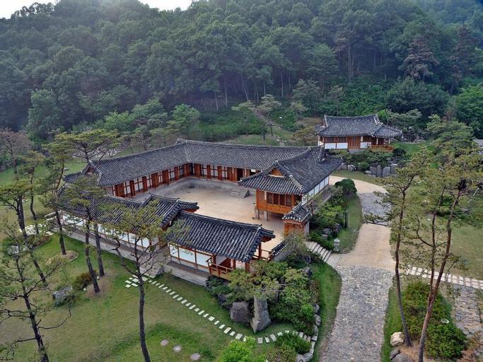 Royal Heritage Hotel -CHOSUN WANG GA, Yeoncheon