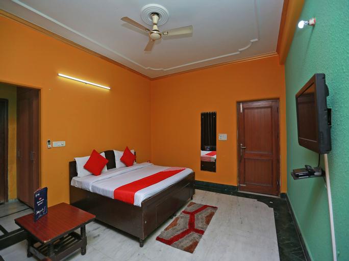 OYO 11752 Hotel Sun Palace Residency, Gautam Buddha Nagar