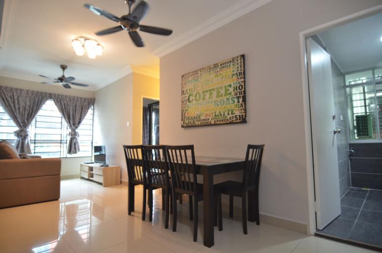 Makmoor Honeymoon Home, Penampang