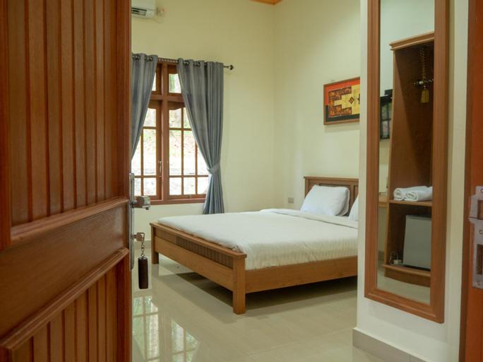 Bukit Berahu Resort, Belitung