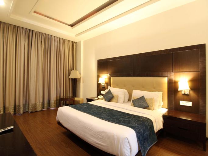 SK Premium Park Hotel, West