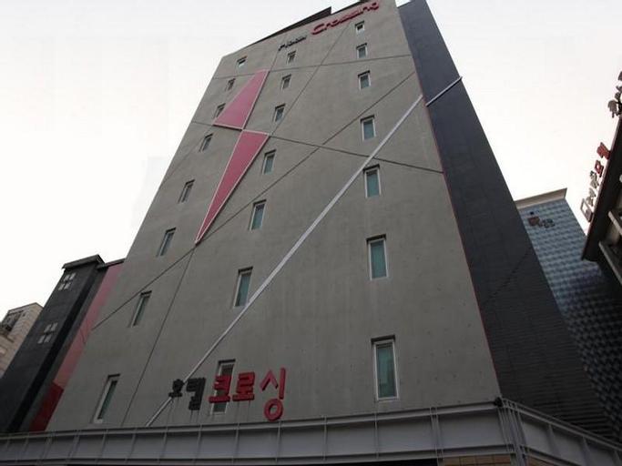 Crossing Hotel, Gangseo
