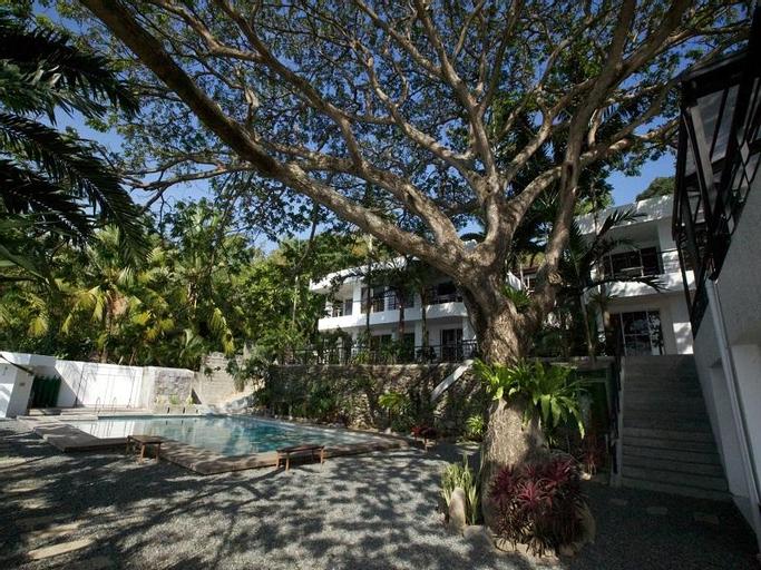 Acacia Resort and Dive Center, Mabini