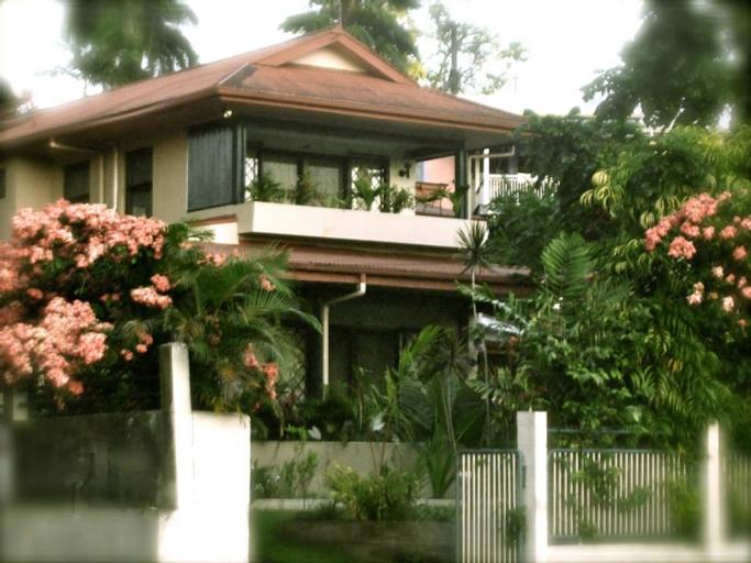 Enchanted Fiji, Rewa