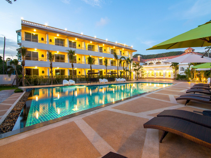 Villa Blanca Hotel and Restaurant, Tha Mai