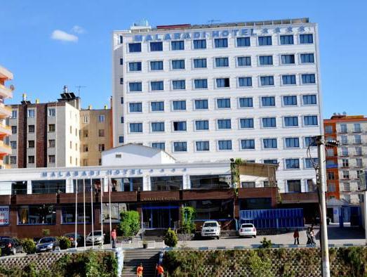 Malabadi Hotel, Merkez