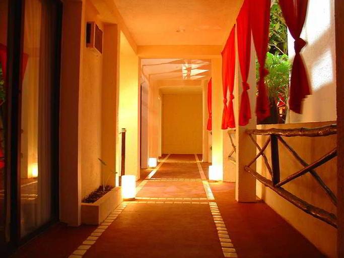 Om Hotel & Lounge-Bar , Cozumel