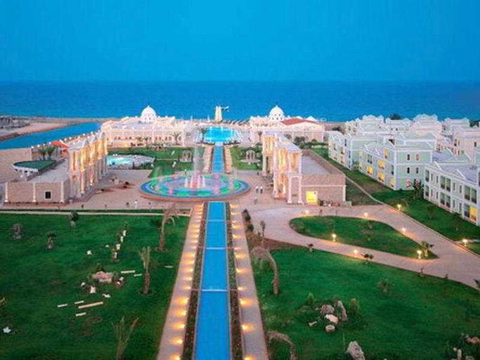 Kaya Artemis Resort & Casino,