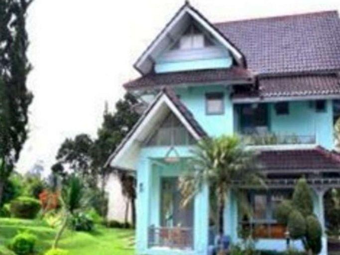 Hotel LTC Villa Lotus Cipanas, Cianjur