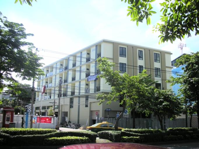 68 Living Apartment, Thon Buri