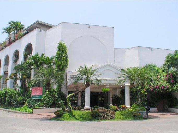 Governors Garden Hotel, Solano