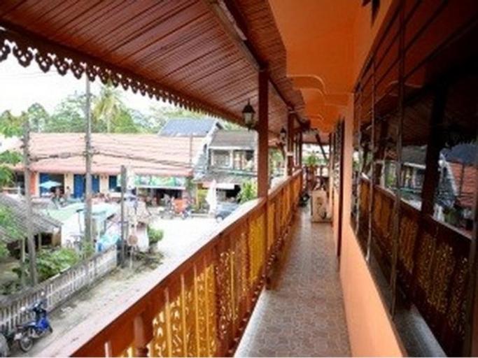 Baan Mangkornhong Guesthouse, Phi Pun