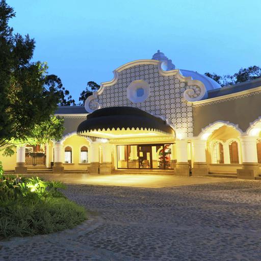Hilton Guatemala, ZONA 15