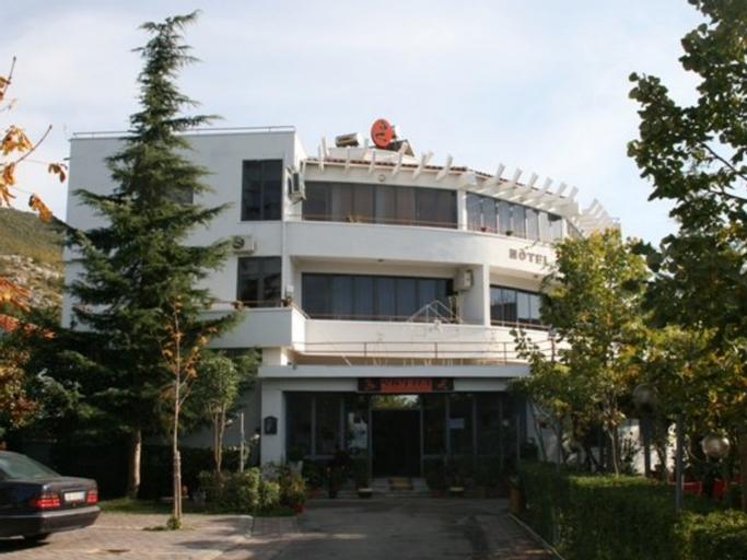 Hotel Sirena, Pogradecit