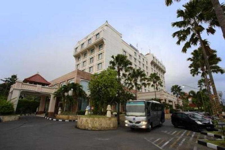 Novotel Semarang, Semarang
