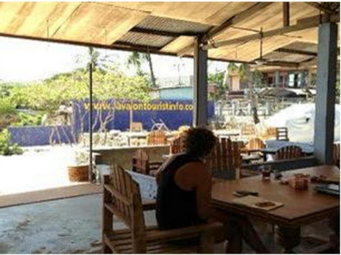 Lavalon Seaview Hostel & Bar, Kupang