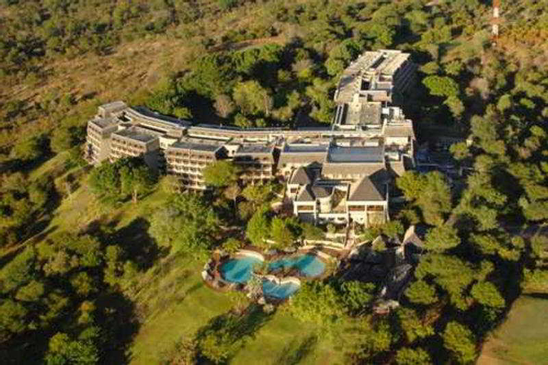Elephant Hills Resort, Hwange