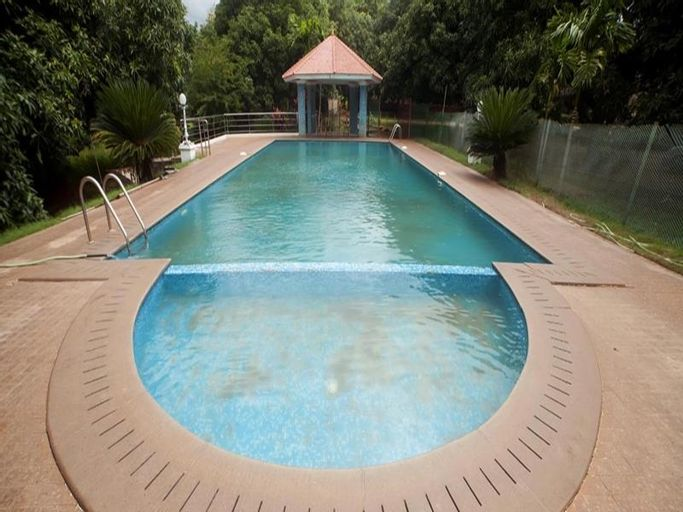 The Kuttalam Herittage Resort, Tirunelveli
