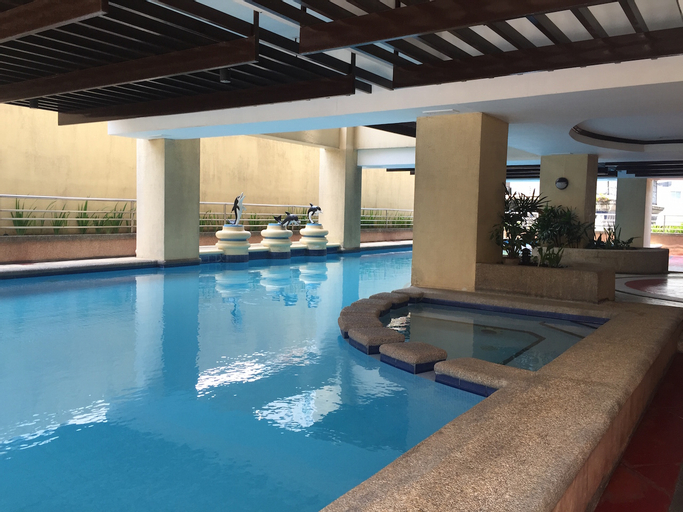 1 Bedroom Apartment Next to Greenbelt, Makati City
