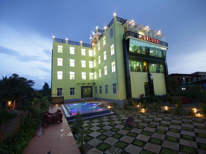Deluxe Hotel, Taunggye