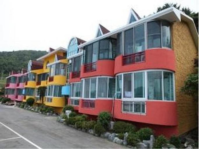 SJ Dongyaroo Resort, Namhae