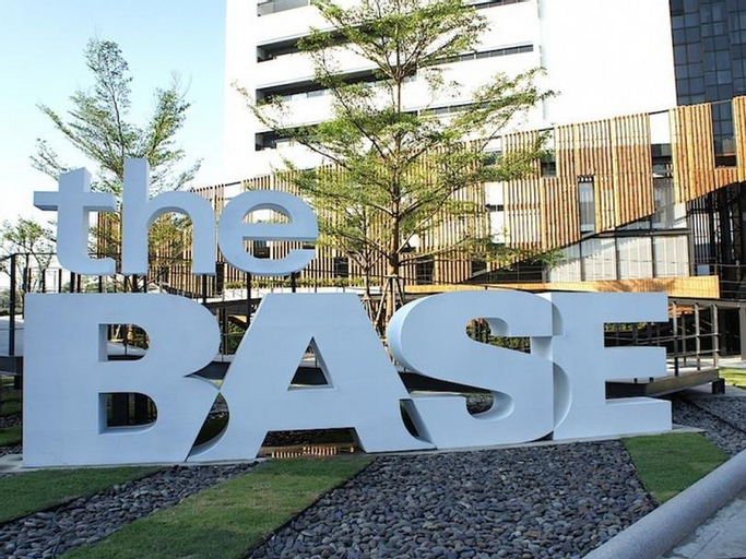 The Base Rama 9 Hotel By Ricco, Suan Luang