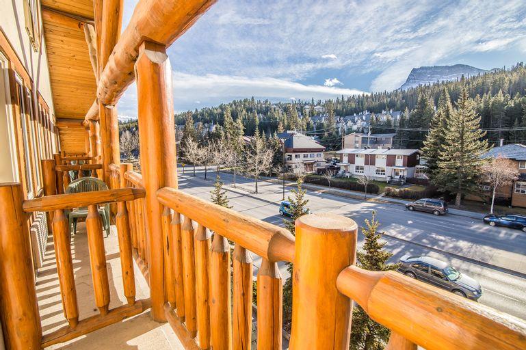 Canalta Lodge Banff, Division No. 15