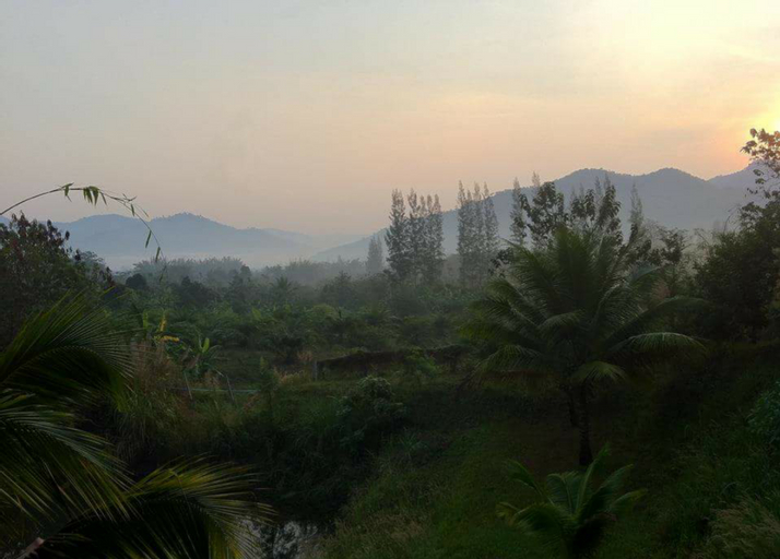 Mon L' Ville Resort, Suan Phung
