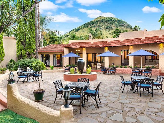 Fortis Hotel Malaga, Nkangala