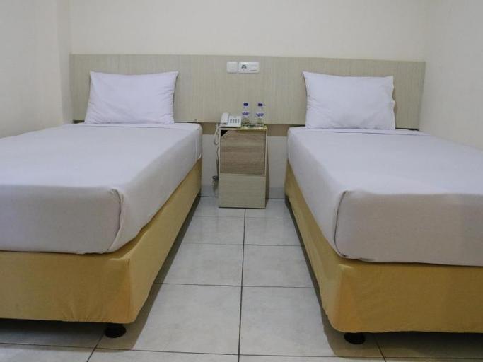 Daya Hotel, Maros