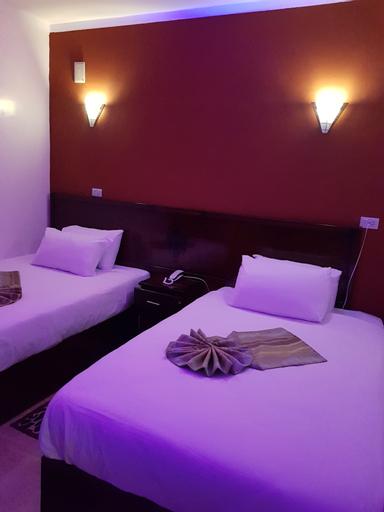 Cairo Hotel, 'Abdin